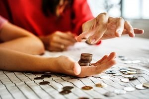 Read more about the article Four Financial Lessons I Wish I Knew When I Was Younger