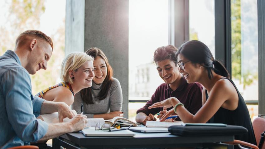 Best Ways to Save Money on College
